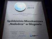 """Spółdzielnia Mieszkaniowa """"Nadodrze"""" w Głogowie otrzymała prestiżową nagrodę """"Symbol 2019"""""""